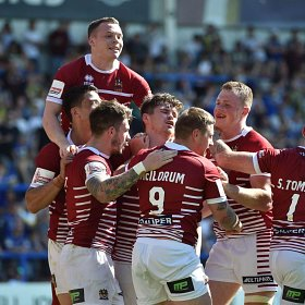 warringtonvwigan15