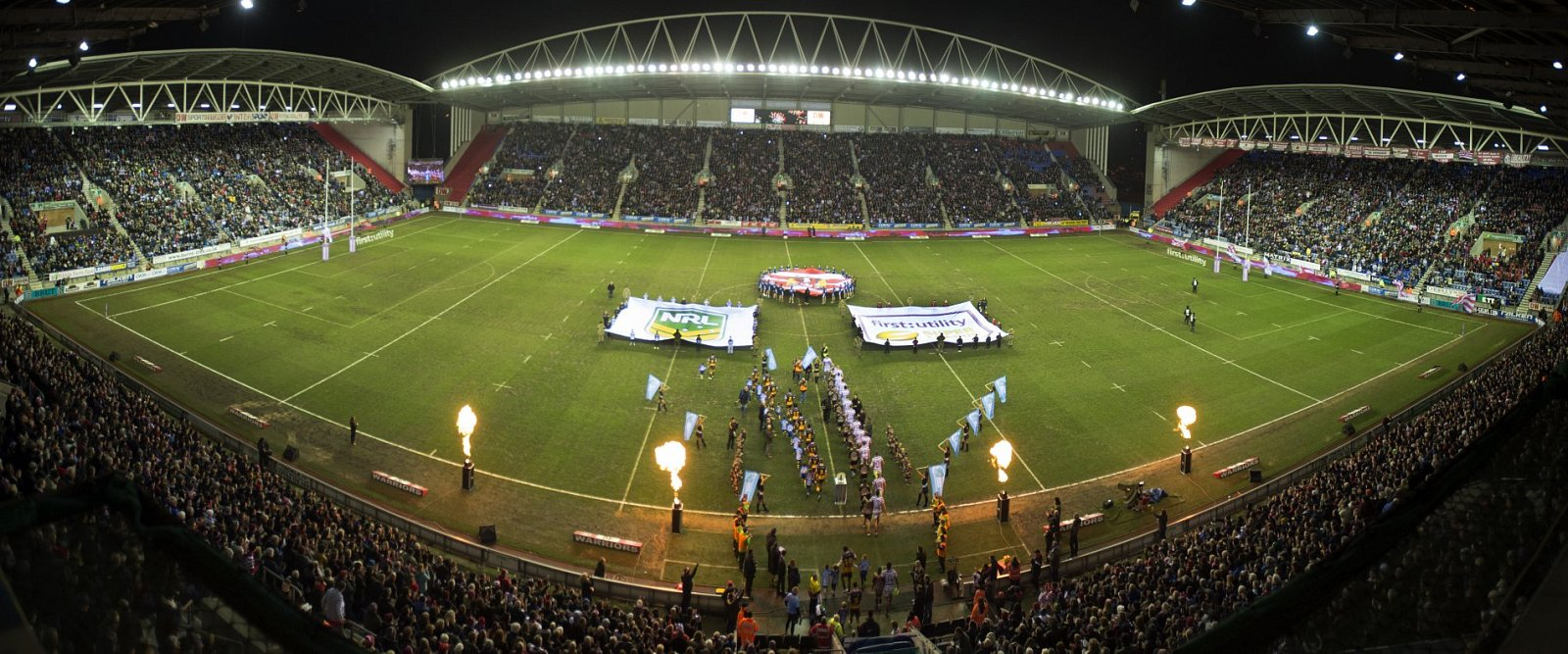 Dw stadium full night 2015