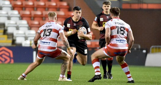 Wigan lose at Leigh