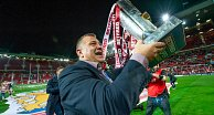 Wane to receive star